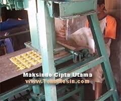 mesin cetak kerupuk 7 agrowindo